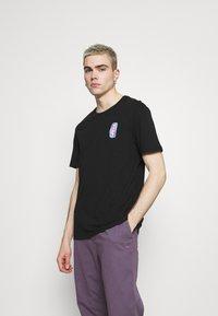 YOURTURN - UNISEX - T-shirts print - black - 2