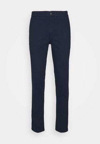 SLHSLIM CHESTER FLEX PANTS - Chinot - navy blazer