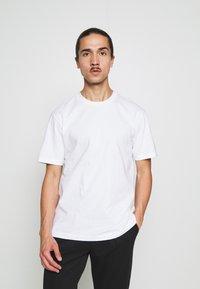 GAP - CREW  - T-shirts basic - optic white - 0