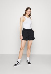 Dickies - VICTORIA - Shorts - black - 1