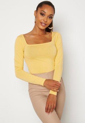 EFFIE  - Long sleeved top - yellow