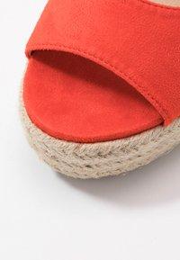 RAID - MARGARET - Sandály na vysokém podpatku - orange - 2