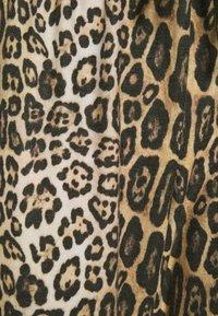 Onzie - Tracksuit bottoms - beige - 5