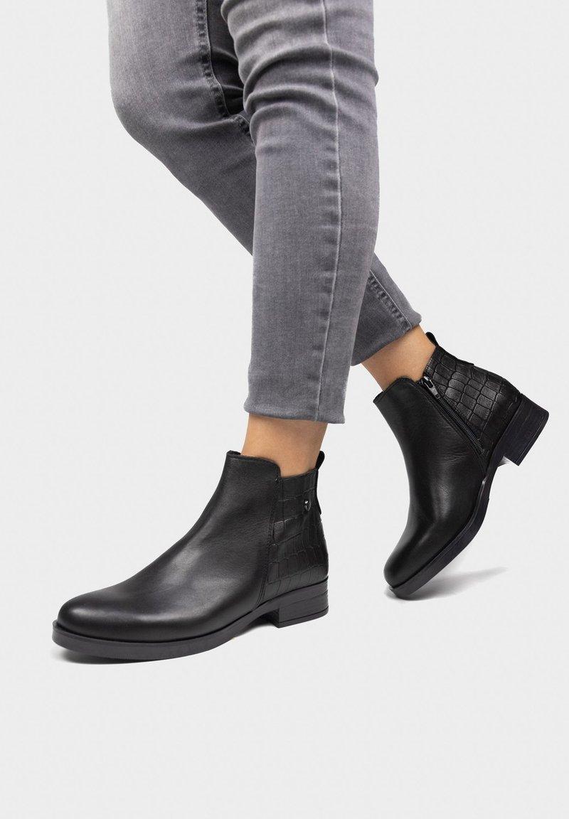 Eva Lopez - Ankle boots - noir