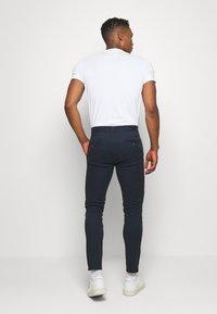Burton Menswear London - Pantalones chinos - navy - 2