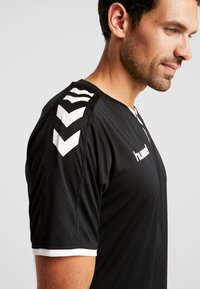 Hummel - CORE - Camiseta estampada - black - 5