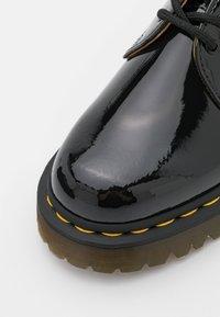 Dr. Martens - 1461 LAMPER UNISEX - Šněrovací boty - black - 5