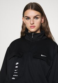 Nike Sportswear - Veste de survêtement - black/white - 3
