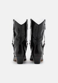 Red V - SHORT BOOT - Kovbojské/motorkářské boty - nero - 3