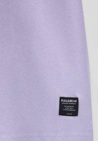 PULL&BEAR - T-shirts basic - purple - 5
