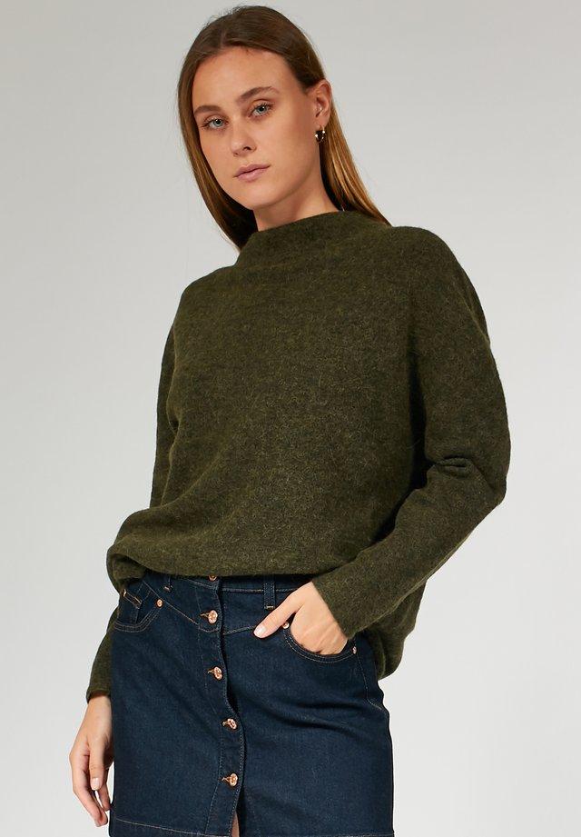 BOXY - Pullover - khaki