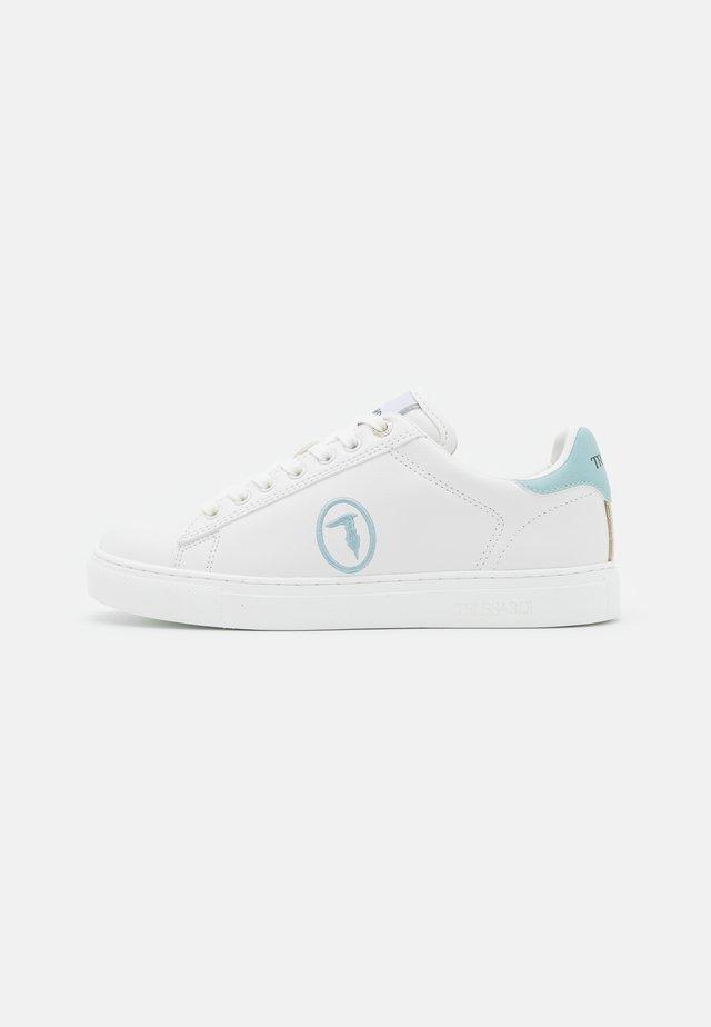 GALIUM POP MIX - Tenisky - white/blue