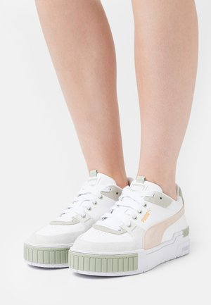 CALI SPORT IN BLOOM - Trainers - white/desert sage/shifting sand