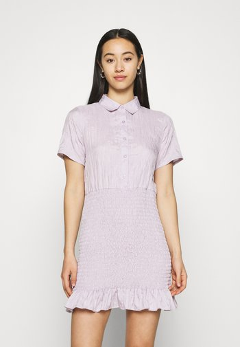 BUTTON DOWN SHIRRED SHIRT DRESS - Shirt dress - lilac