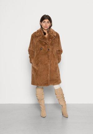 VMSUILYON COAT - Winter coat - tobacco brown