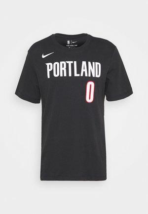 NBA PORTLAND TRAILBLAZERS DAMIAN LILLARD NAME & NUMBER TEE - Club wear - black