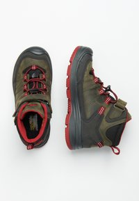 Keen - REDWOOD MID WP - Mountain shoes - steel grey/red dahlia - 1