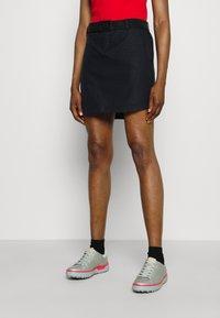 Under Armour - LINKS PRINTED SKORT - Sports skirt - black - 0