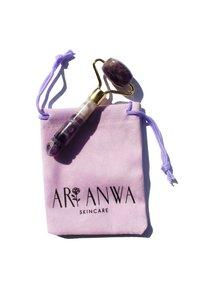 ARI ANWA Skincare - MINI AMETHYST ROLLER - Skincare tool - amethyst - 2