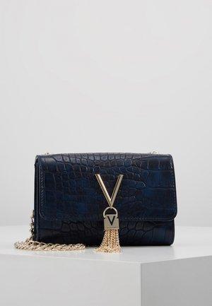 AUDREY - Taška spříčným popruhem - blue