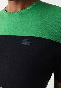 Lacoste LIVE - Print T-shirt - vert / bleu marine - 2