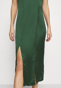 Chi Chi London - PAOLA DRESS - Cocktail dress / Party dress - green - 7