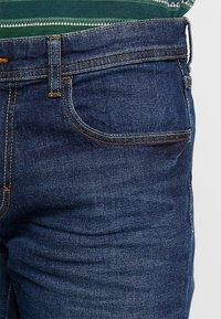 Esprit - Jeansy Straight Leg - blue dark wash - 3