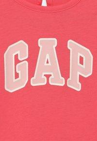 GAP - LOGO - Jerseyjurk - capri pink - 2