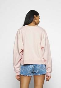 Levi's® - GRAPHIC DIANA CREW - Sweatshirt - crew original peach blush - 2