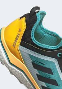 adidas Performance - TERREX AGRAVIC FLOW SHOES - Obuwie do biegania Szlak - turquoise - 7