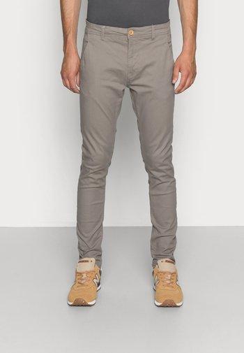 SLIM FIT - Pantalones chinos - granite