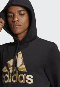 adidas Performance - CAMOUFLAGE HD ESSENTIALS SPORTS REGULAR SWEATSHIRT HOODIE - Luvtröja - black - 4