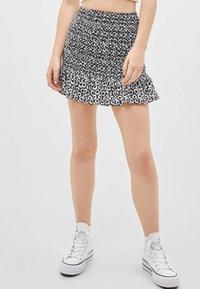 Bershka - MIT VOLANTS  - Mini skirt - black - 0