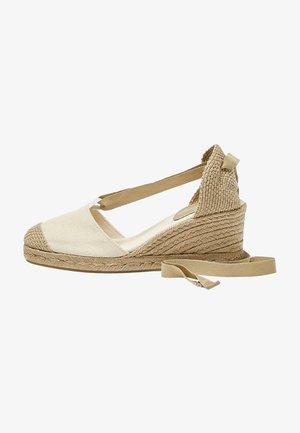 JUTE MIT SCHLEIFE - Wedge sandals - beige