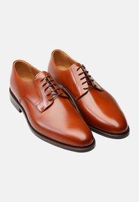 Henry Stevens - Smart lace-ups - cognac - 1
