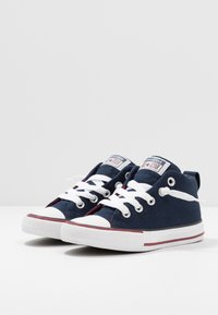 Converse - CHUCK TAYLOR ALL STAR STREET VARSITY MID - Zapatillas altas - obsidian/white/team red - 3