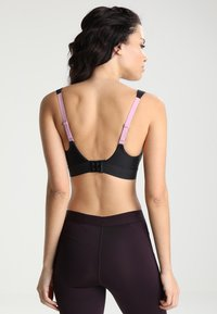 triaction by Triumph - EXTREME LITE - Light support sports bra - black - 3