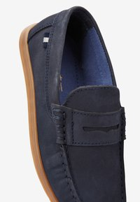 Next - NAVY NUBUCK PENNY LOAFERS (OLDER) - Nazouvací boty - blue - 4