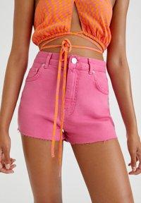 PULL&BEAR - Denim shorts - pink - 5