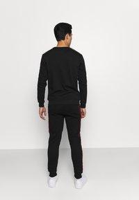 Glorious Gangsta - JAVAN - Teplákové kalhoty - black - 2