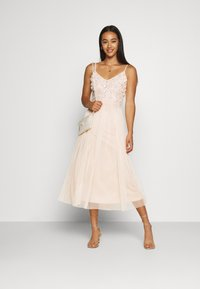 Lace & Beads - RIRI MIDI DRESS - Cocktail dress / Party dress - nude - 1