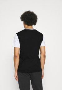 Calvin Klein - COLOR BLOCK - Printtipaita - white - 2
