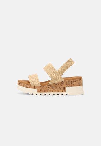 ESSIE - Sandals - natural
