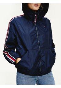 Tommy Hilfiger - CORY - Training jacket - desert sky - 0