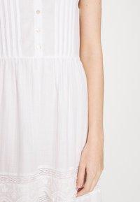 Pepe Jeans - BRENDA - Długa sukienka - off white - 7