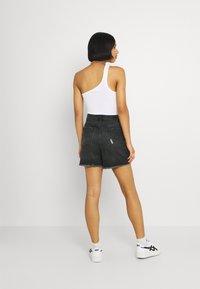 ONLY - ONLBAY DESTROY - Denim shorts - black denim - 2