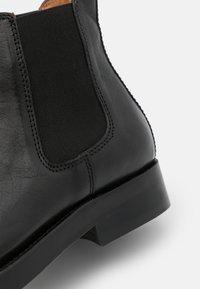 Belstaff - LONGTON - Kotníkové boty - black - 5