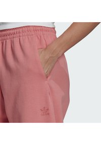 adidas Originals - TRACKPANT - Pantalon de survêtement - hazy rose - 3