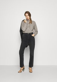 Bruuns Bazaar - AISHA EMILY CARDIGAN - Cardigan - light grey - 1