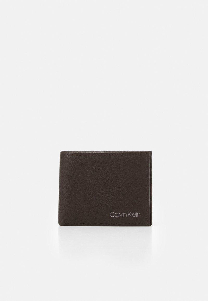 Calvin Klein - BIFOLD BILL - Wallet - dark brown